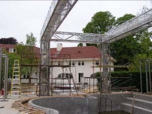 Stainless steel pool house truss